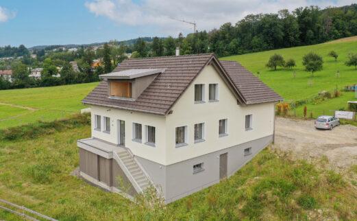 Einfamilienhaus mit Einliegerwohnung, Männedorf